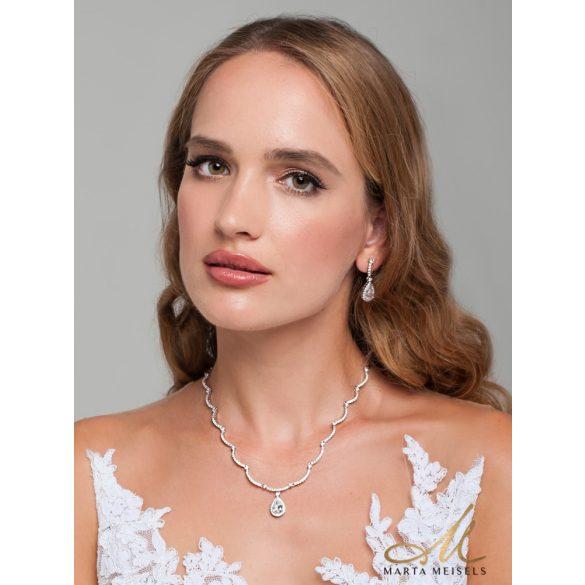 Filigrán, kifinomult menyasszonyi ékszer szett csepp alakú kristályokkal díszítve MES-XP-B300