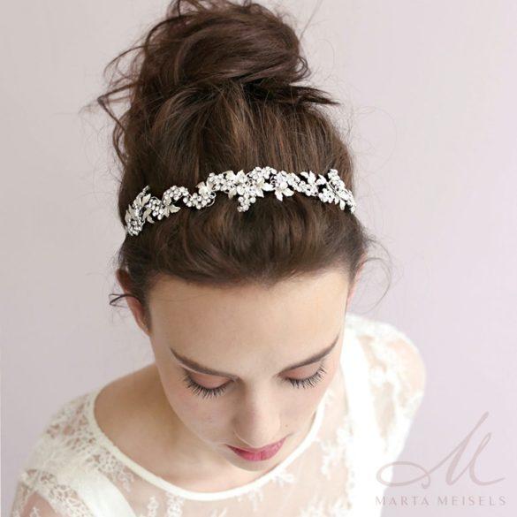 Romantikus stílusú, szőlőlevelekkel és kristályokkal díszített menyasszonyi hajpánt MET-CQ-B941