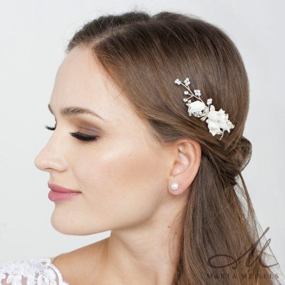 Fehér harangvirággal díszített menyasszonyi hajdísz MET-RE-B901WG