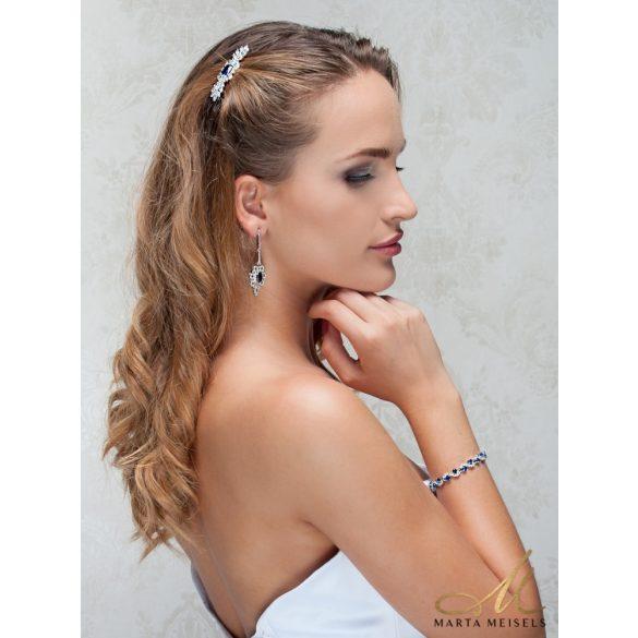 Romantikus stílusú menyaszonyi hajcsat királykék és fehér kristályokkal díszítve MET-TM-B1814B